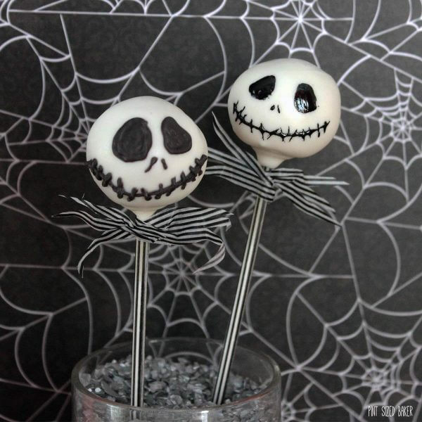 Your little ghouls and goblins are going to love this Nightmare before Christmas with this easy Jack Skellington Cake Pop Tutorial.