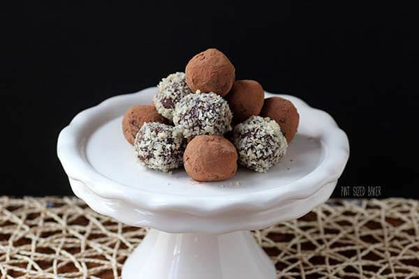 Chocolate and Raspberry Truffles that are perfect for gift giving and sharing with friends.