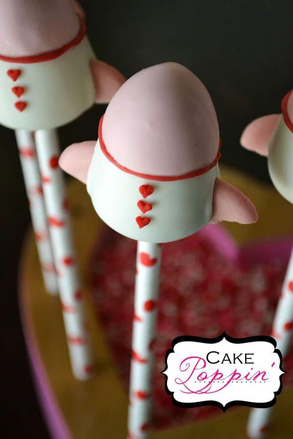 Whoosh! This Rocket Ship Cake Pop Tutorial from Cake Poppin' are so cute! They are the perfect way to tell someone that you love them to the moon and back!