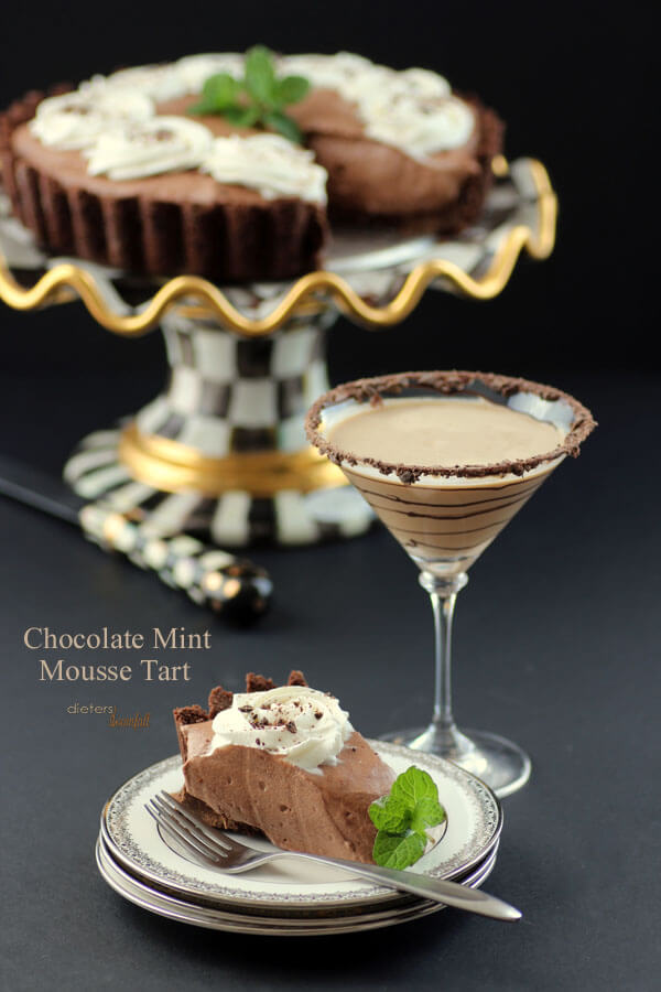Mint Chocolate Cookie Crust with Mint Chocolate Mousse and a Chocolate Martini - Enjoy! from #DietersDownfall.com
