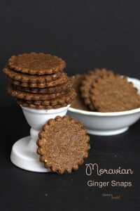 Moravian Style Ginger Snaps are easy to make and full of flavor! from #DietersDownfall