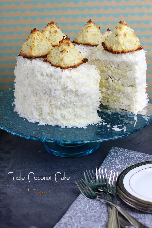 Coconut lovers beware - Coconut Cake, Coconut Pudding, Coconut Frosting and Giant Macaroon Cake - just for you! from #DietersDownfall