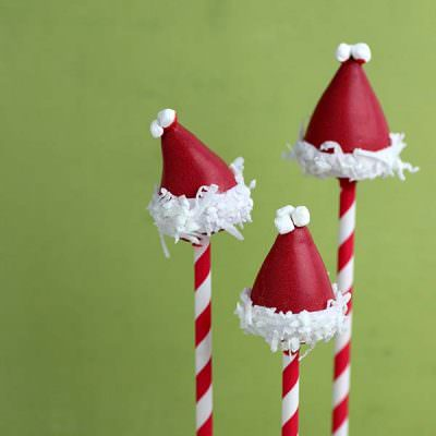 Santa Hat Cake Pop Tutorial