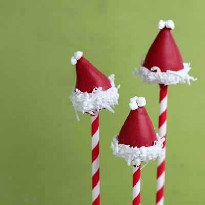Santa Hat Cake Pop Tutorial