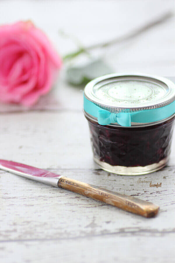 Blueberry Jam makes a great gift for someone special. Make up this two cup recipe and share some with a friend.