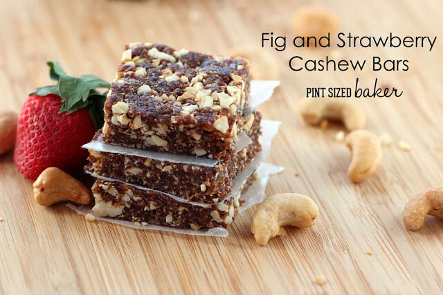 #WLW Fig and Strawberry Cashew Bars