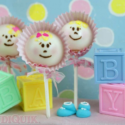 Baby Cake Pops – Guest Post by Miss Candiquik