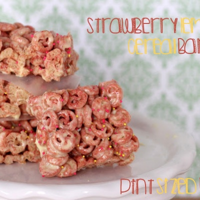 Strawberry Lemon Cereal Bars