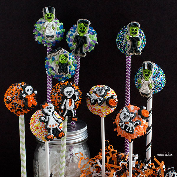 Decorating Cake Pops doesn't have to be hard. Check out these fun and Easy Halloween Cake Pops you can make at home!