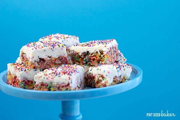 A quick and simple dessert - Fruity Pebbles Bars are the perfect addition to your rainbow themed party!
