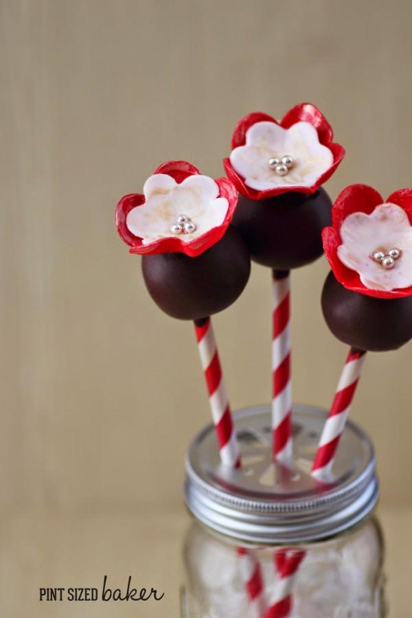 Fondant Flower Cake Pop Tutorial