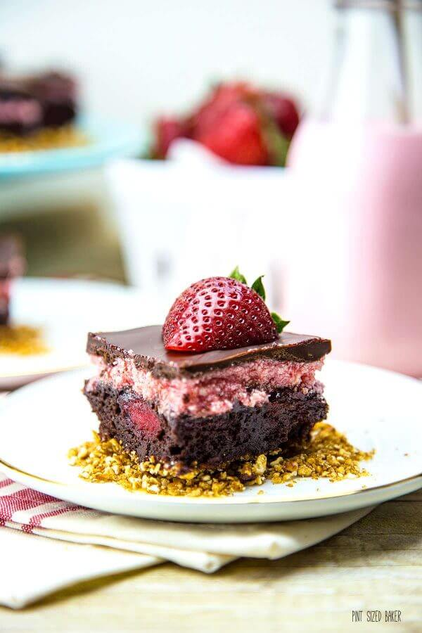 Impress everyone at the party with these tasty GF strawberry brownie bars! Start with a box mix and end with a smile!