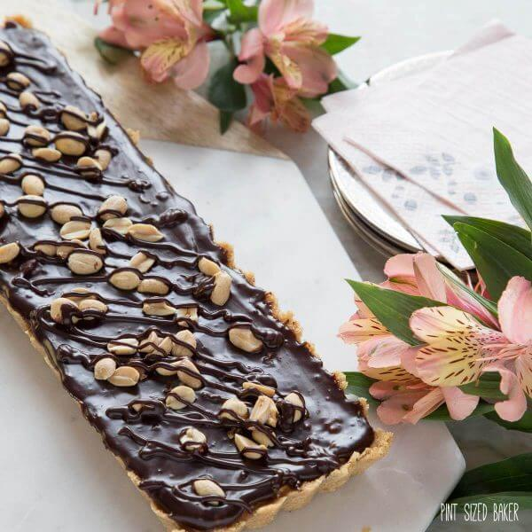 An easy dessert that is perfect for all Snicker's fans! Peanut Caramel Tart is made to satisfy.