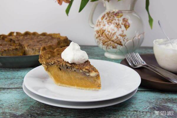 The perfect dessert for you holiday celebrations. A Pumpkin Pecan Pie with the great flavor of both pies!