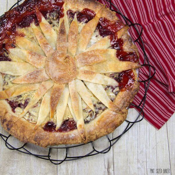 I love the flower design on this Cherry Berry Pie. It's so easy to make instead of a lattice design.