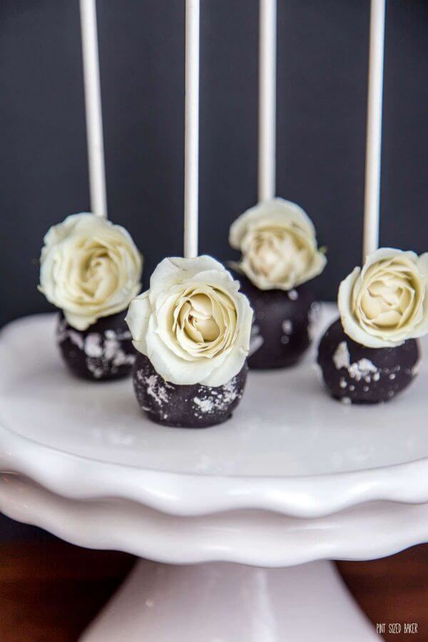 With Wedding Season in full swing, you'll love these easy and beautiful Real Rose Cake Pops that will blow your guests away!