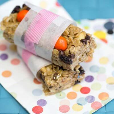 Quick and Easy Peanut Butter Granola Bars. Made quick and easy with trail mix!