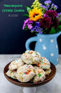 4-ingredient Mascarpone Crinkle Cookies
