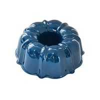 Nordic Ware 51323AMZ Formed Bundt Pan, 6-Cup, Navy