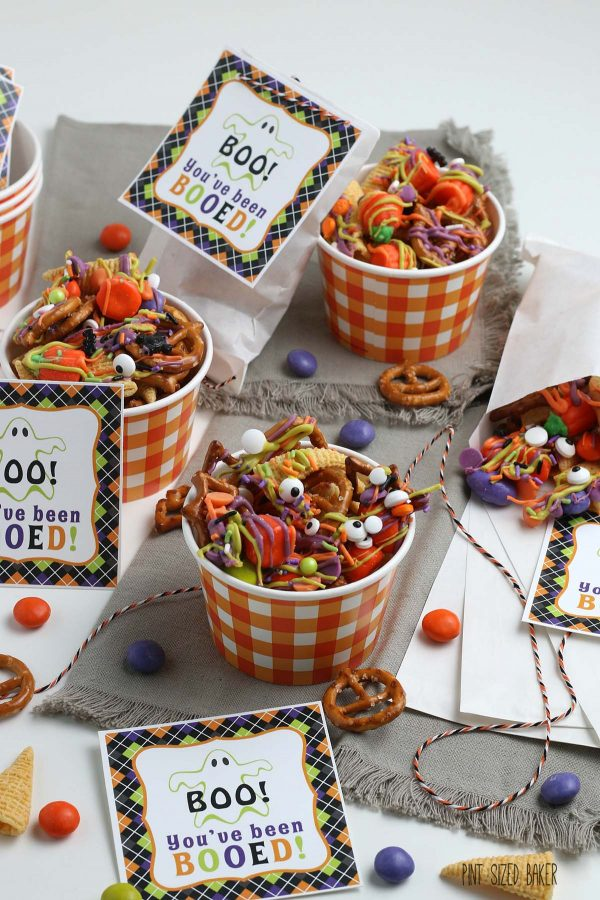 "A photo of the ""You've been Booed!"" printable along with the snack mix."