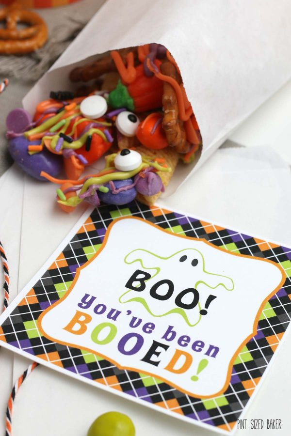 A clickable image of the BOO! printable that's available for download.